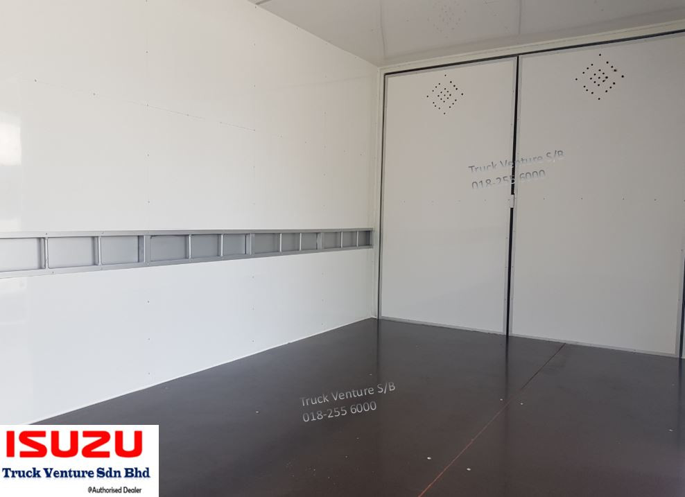 Isuzu Lorry Interior Plywood Floorboard and Side Wall