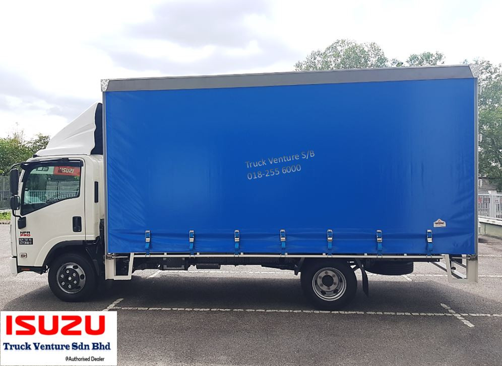 New Lorry with 16.5ft Curtain Sider