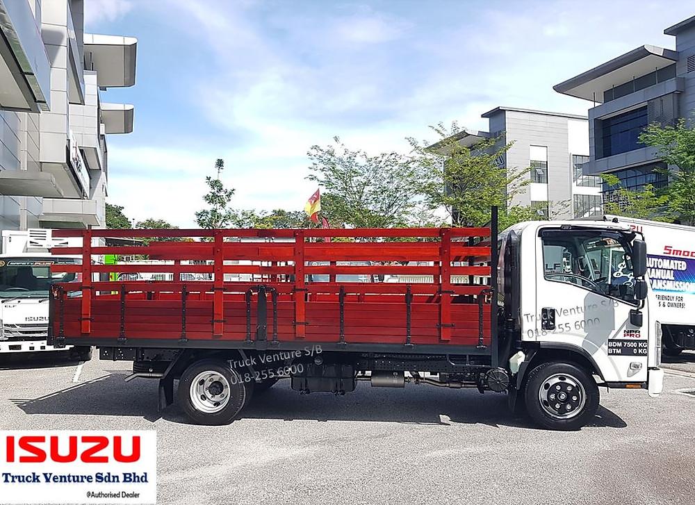 Isuzu Lorry Wooden Cargo 3 Ton