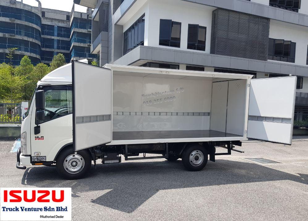 Isuzu Lorry Petaling Jaya