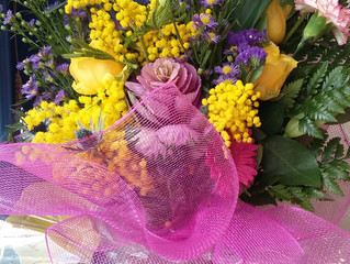 SPECIAL OFFERS ...the pretty lilac and yellow bouquet had lots of interest. Order one for Mothers Da