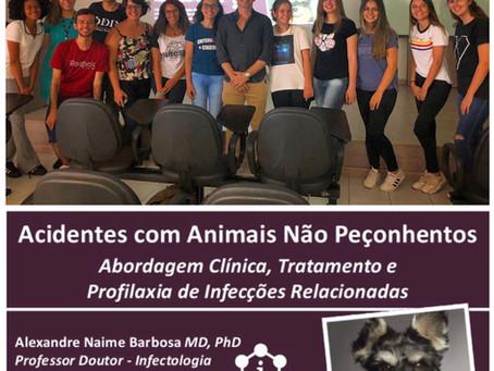 Acidentes com Animais Não Peçonhentos - Abordagem Clínica, Tratamento e Profilaxia de Infecções Rela