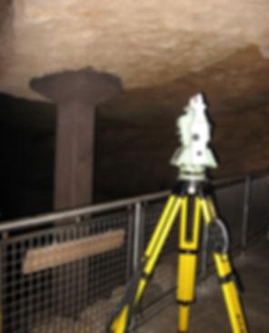 Mammoth Cave - Frozen Niagra 032.jpg