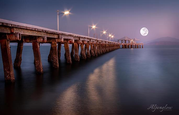 Picnic Bay Jetty under the Full Moon