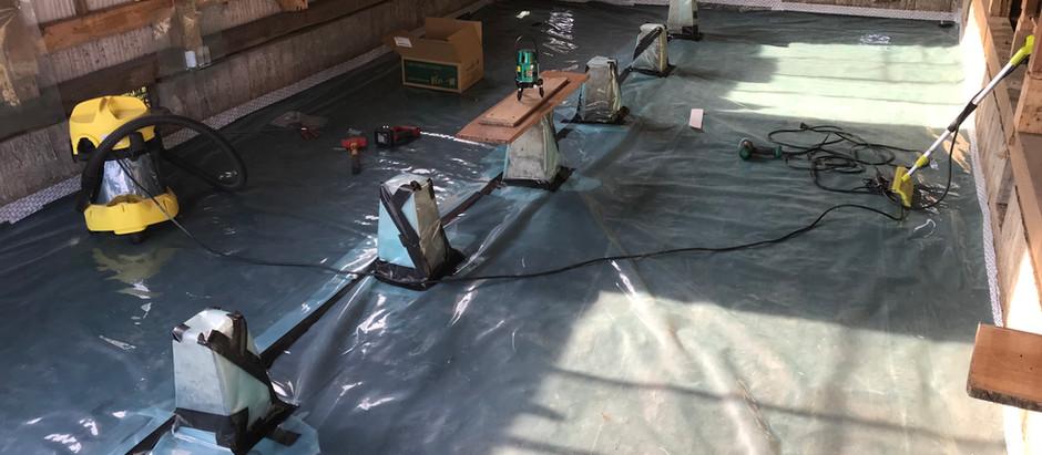 (自邸リノベ)床下防湿シート張り