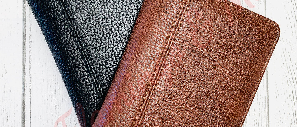 Quadra NuHide Wallet in Black & Tan Mock Up