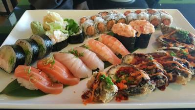 sushi rolls.jpg