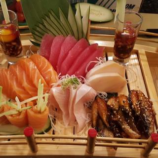 sashimi1.jpg