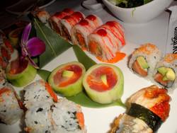 sushi rolls platter.jpg