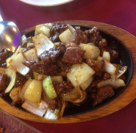 Sizzle beef plate.jpg
