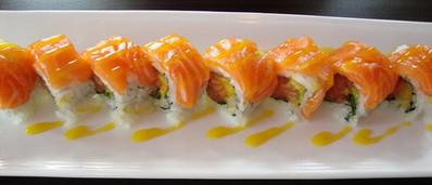 salmon mango roll.jpg