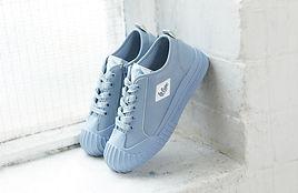 BlueShoes.jpg