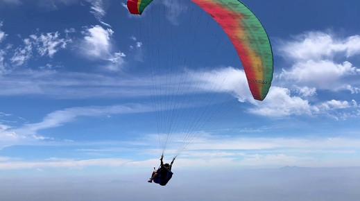 Flying Tandem