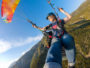 Learning to Paraglide with NeverLand Paragliding