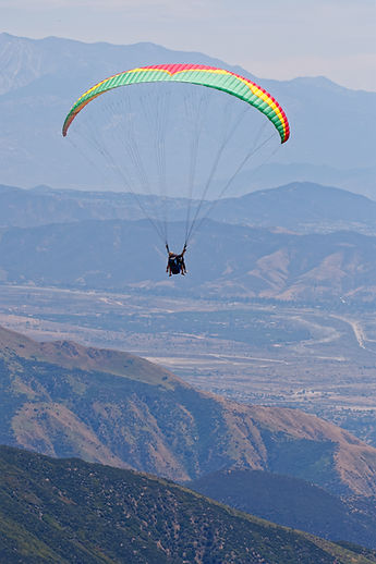 tandem, paragliding, Stephen Nowak, paraglidig school, learn to fly, California, San Bernardino, NeverLand Paragliding, PPG instruction, paramotor, flying, instructor, pilot, mountains, adrenaline, rollercoaster, fun, adventure sports, extreme sports, outdoors, things to do, Los Angeles, fly tandem, thermals, thermalling, acro