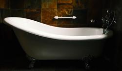 Sandpiper Room - Bathroom Intermate1