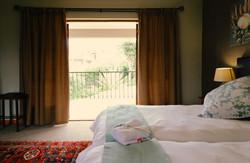 Sea Urchin - Intimate Bedroom 3
