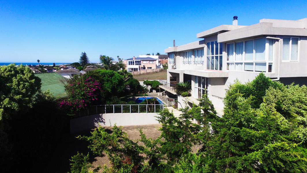 Petunia - Exterior View 3.jpg