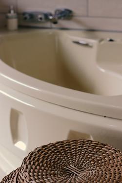 Sea Echo - Intimate Bath 2