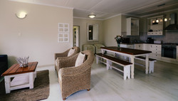 Beach Cottage - Overview Lounge 4