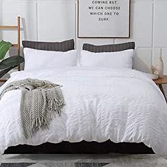 white bedding 4.jpg