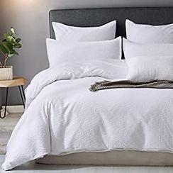 white bedding 6.jpg