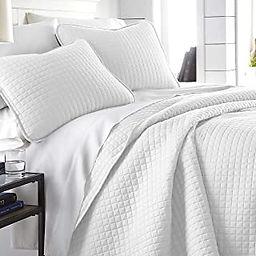 white bedding 3.jpg