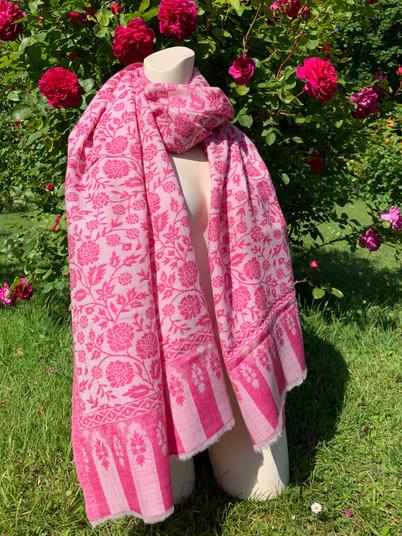 PureKashmir-Sommer-Kaschmir-rosa-gebluem