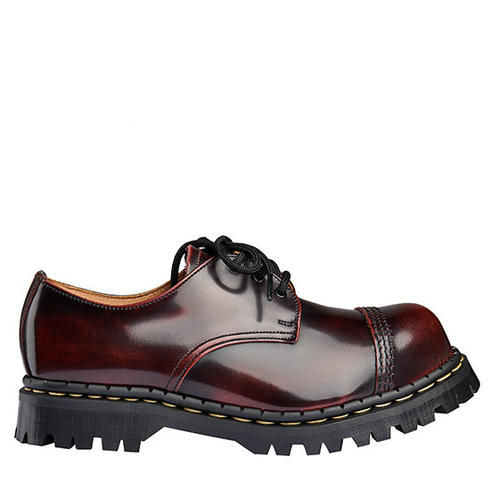 Gripfast burgundy 3eye shoe STC