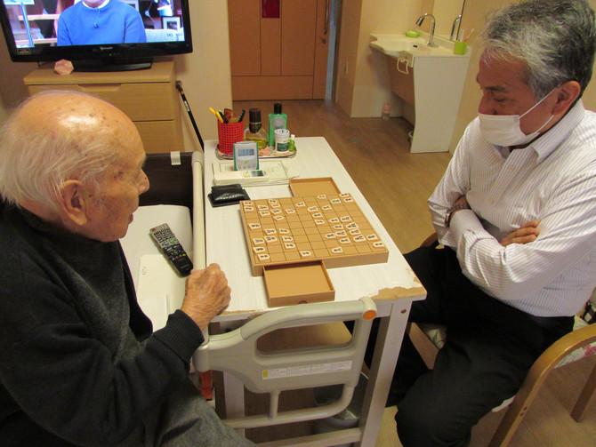 毎日、将棋を指しています!