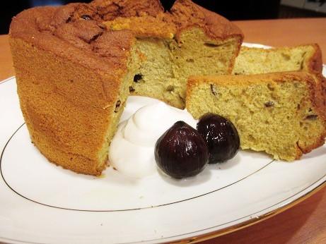 10月11日 管理栄養士レシピ《 栗シフォンケーキ 》
