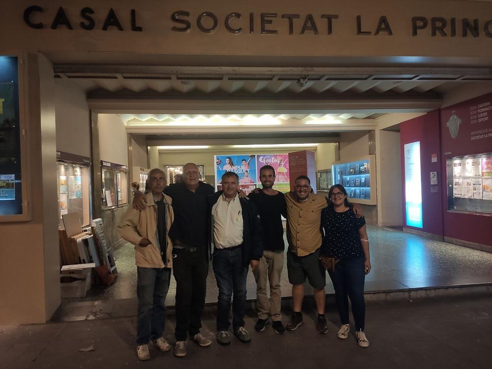 El autor con Ton Rimbau después de su charla del pasado 29 de mayo en Vilafranca del Penedés.