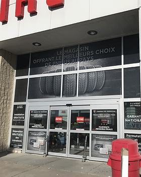 vitrine-perforer-canadian-tire.png