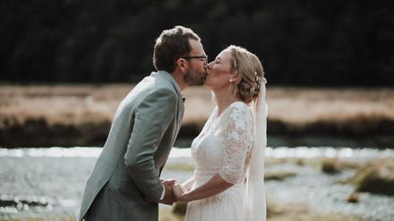 wedding-day-kiss.jpg