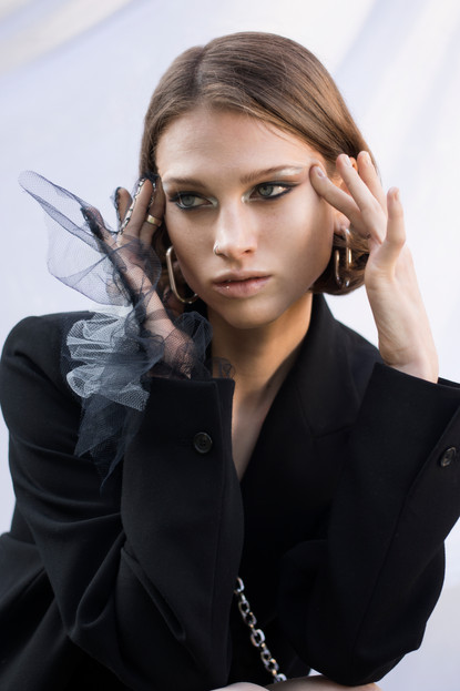 Innerbloom Model - Anastassia Ignashova Mua - Aleksandra Sedyuk Click to view the full story