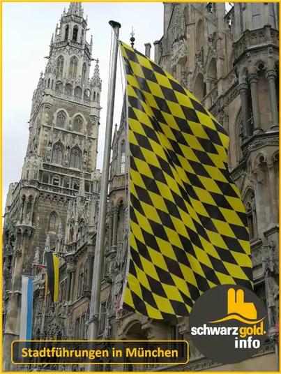 Altstadt Stadtführung München - Neues Rathaus mit Flaggen