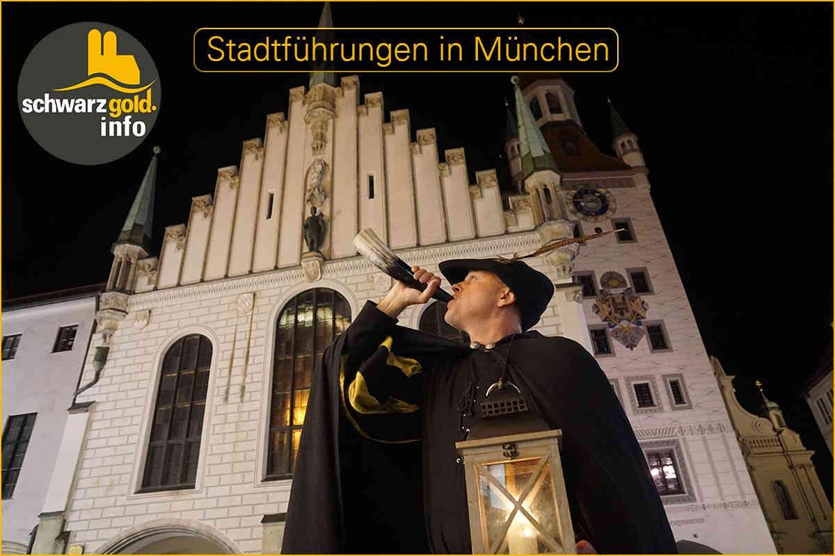Nachtwächter Stadtführung München Wolfram mit Rufhorn