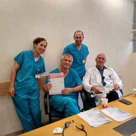 רופאים עם אמנה