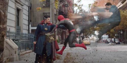 Dr. Strange joga alma do Homem Aranha