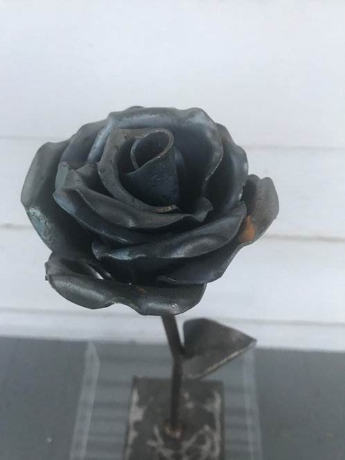 Steeling Roses Steel Rose Sculpture (Raw steel)