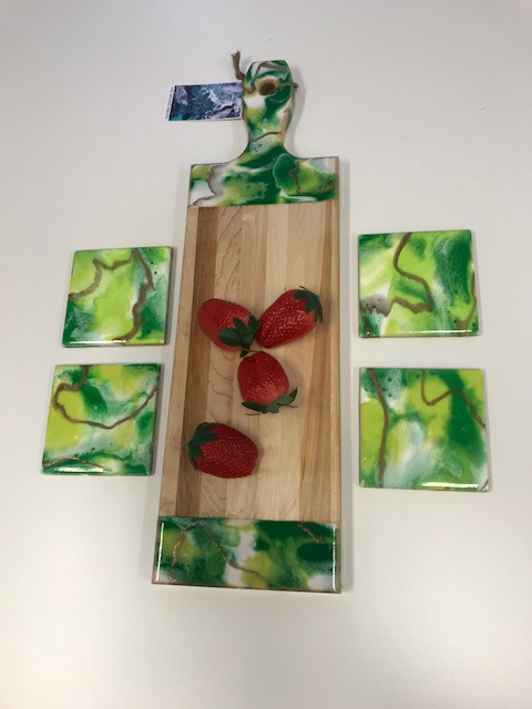 Maple Cheese board with Matching Coasters