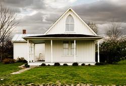 american_gothic_house_small.jpg