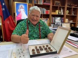 Prime Minister of Samoa agrees Koko Loa is amongst the Best Chocolates in the World!