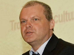 Bernard VANLAUWE