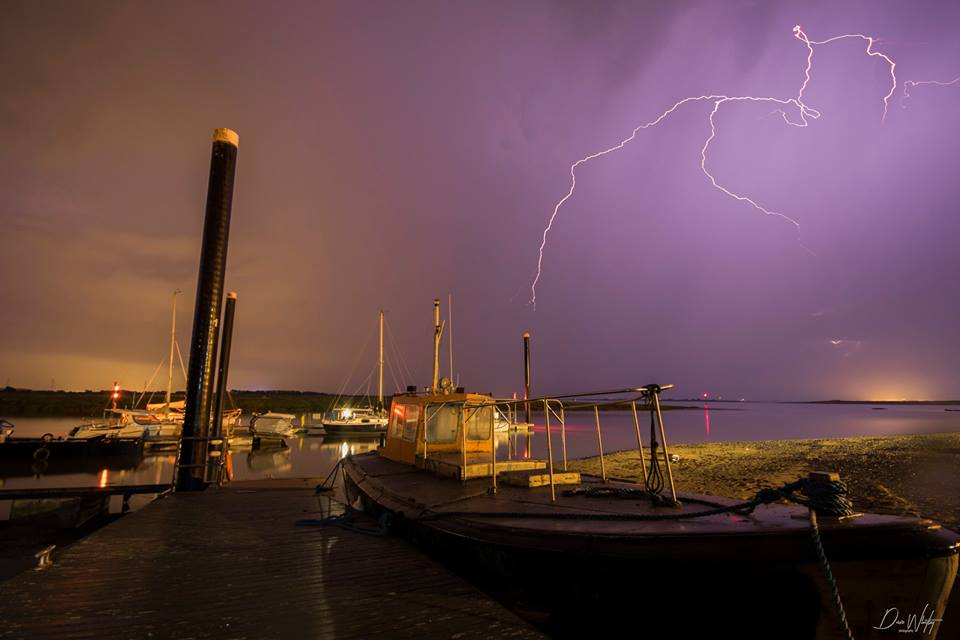 Lightning_Over_Pontoons