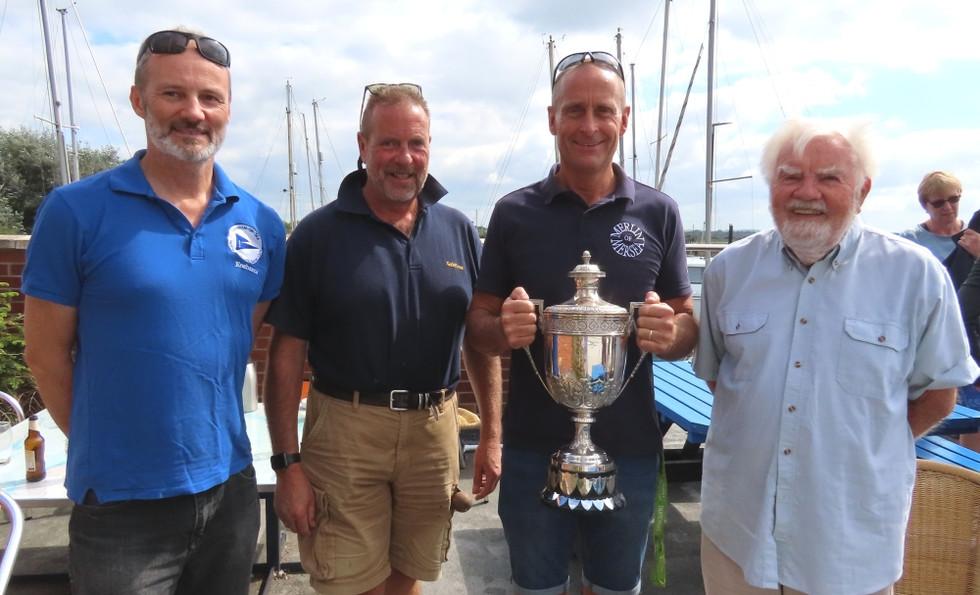 regatta-winners-2.jpg