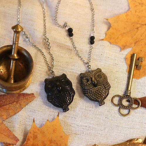 Collier hibou obsidienne dorée (droite)