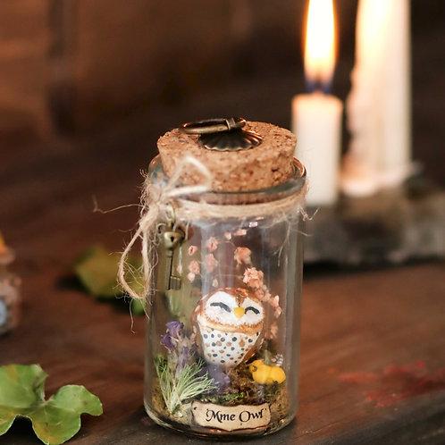 Mme Owl moyenne fiole
