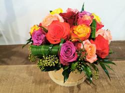 Boîte fleurie d'un mélange de roses