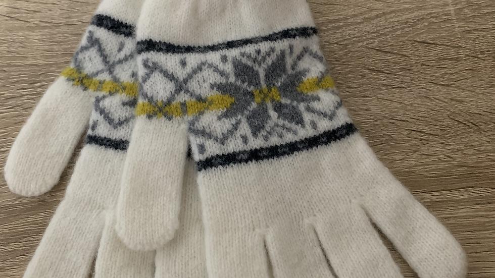 Womens 100% Wool Gloves - Cream- Made in Scotland